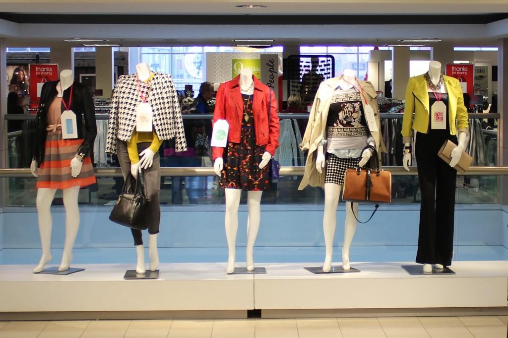 Fall Fashion Essentials Mannequins