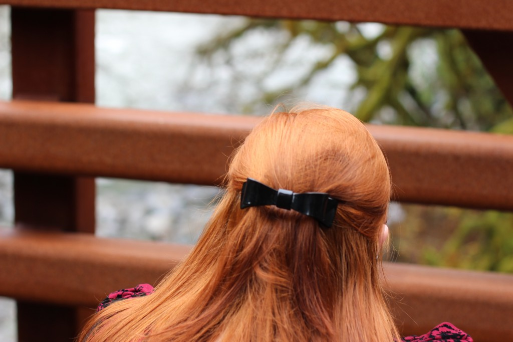 France Luxe Bow Barrette