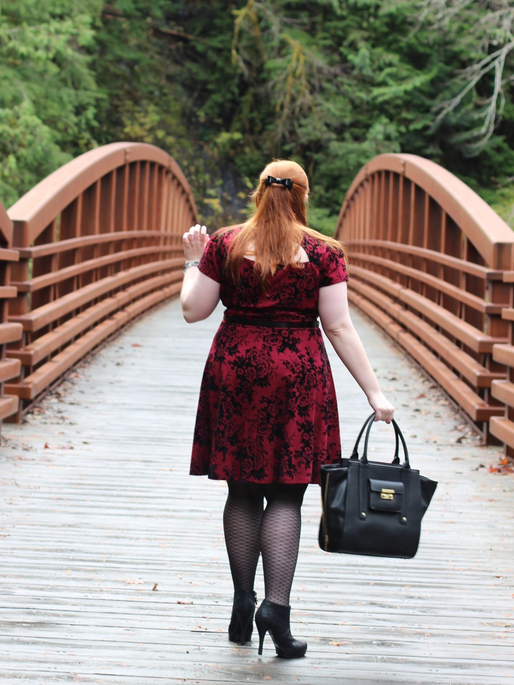 Kate Retherford, Redhead Fashion Blogger
