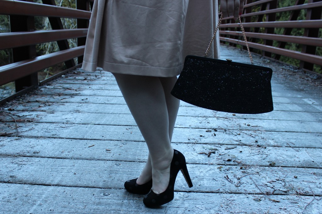 Bri Seeley Jaclyn Skirt, Kate Spade Polka Dot Loire Pumps, Vintage Clutch