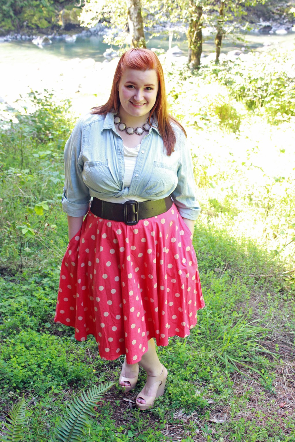 Retro Feminine Style Outfit