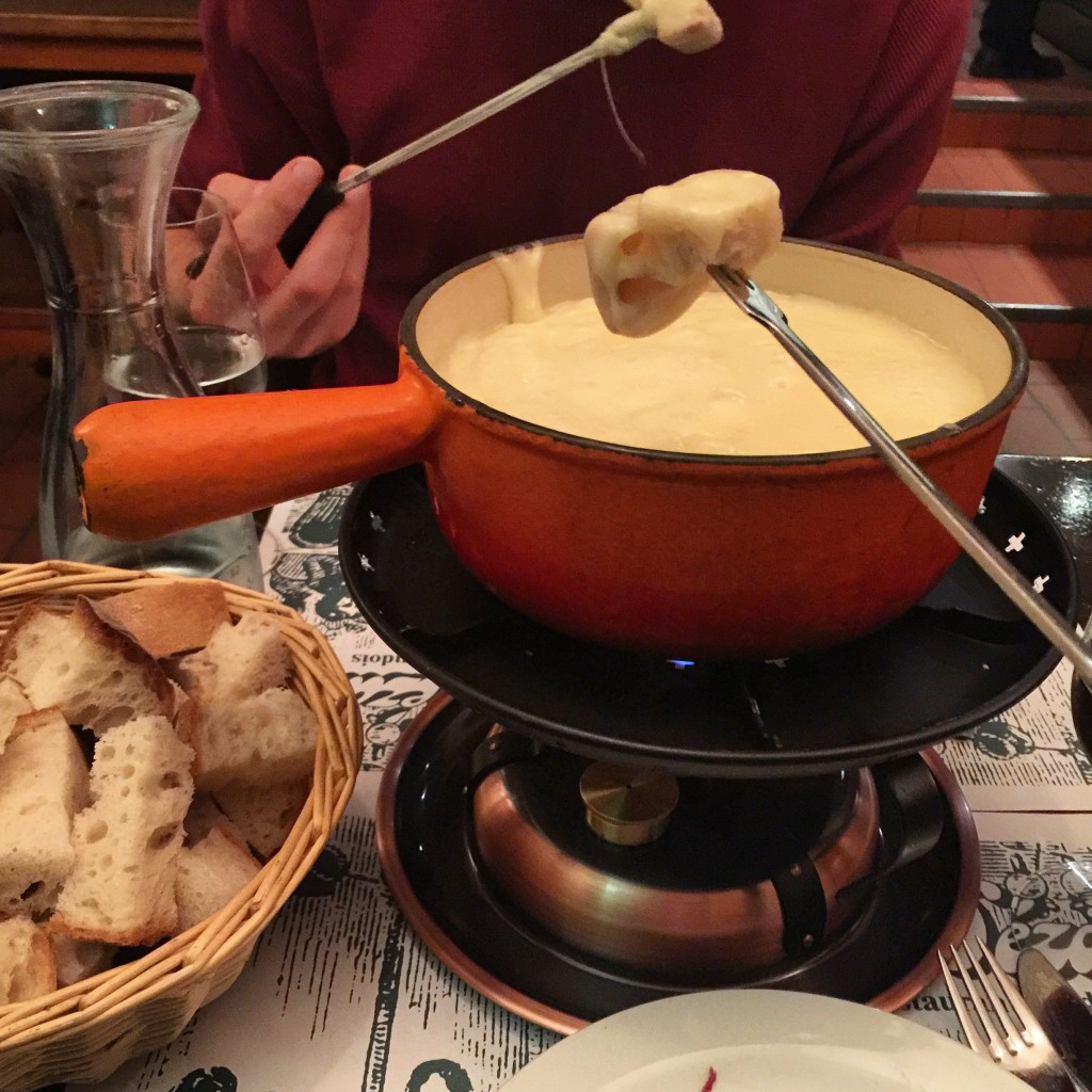 Fondue at Le Dezalay