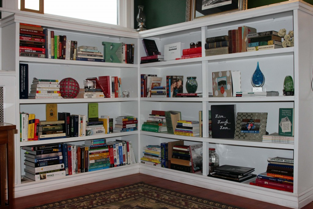 How to stage a built in bookshelf