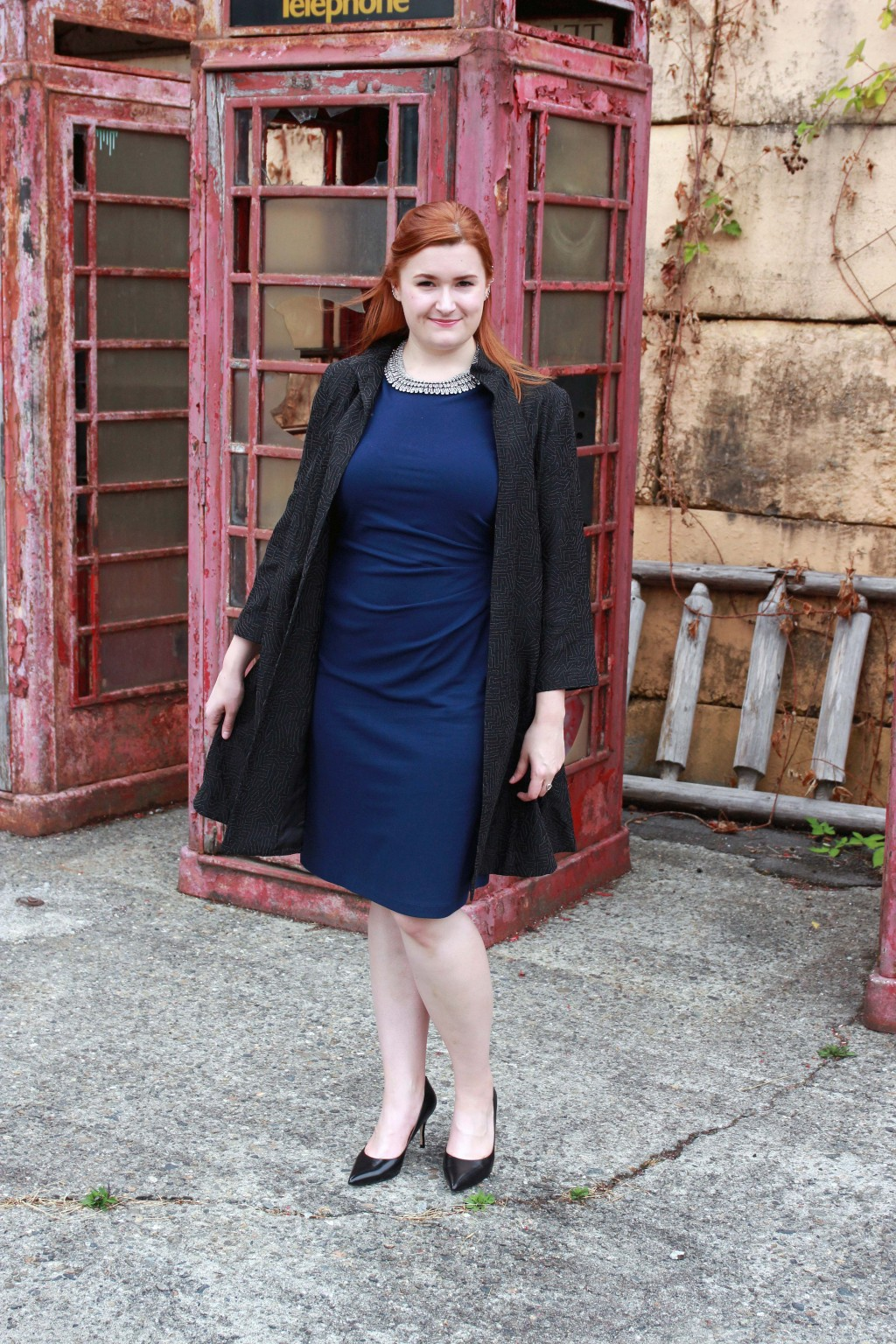 Navy blue & black outfit inspiration