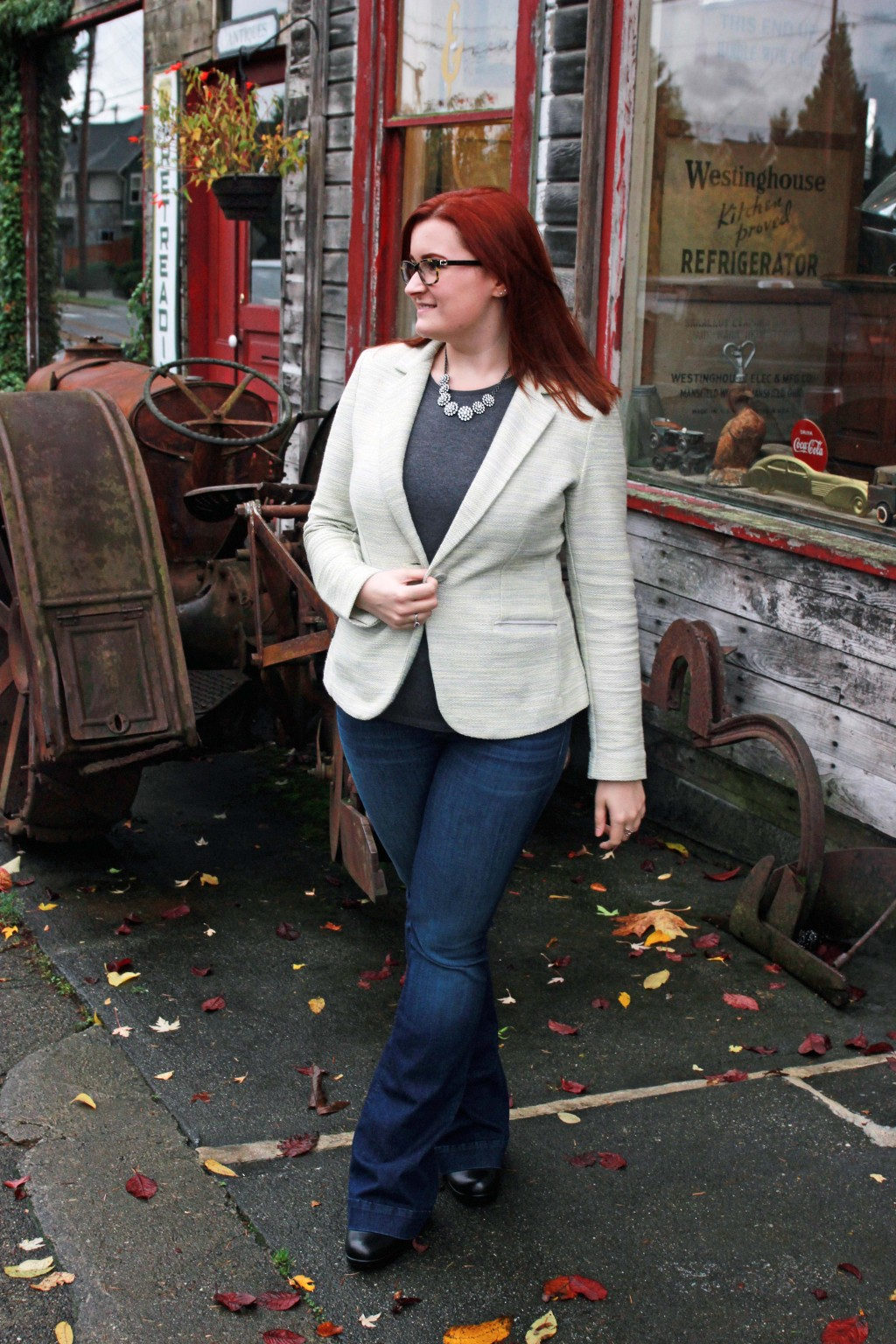 Style Blogger in Historic Downtown Snohomish