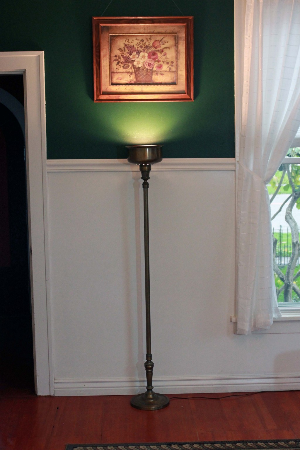 Vintage Floor Lamp and Painting