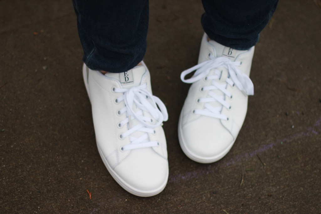 6 - Ellen Degenres white tennis shoes