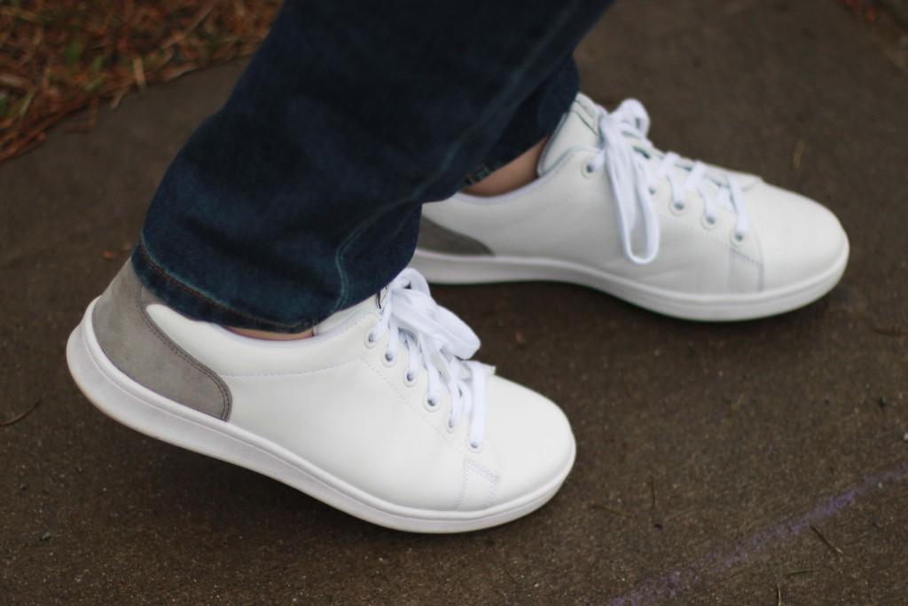 9 - ED by Ellen Degenres Chapala Sneakers