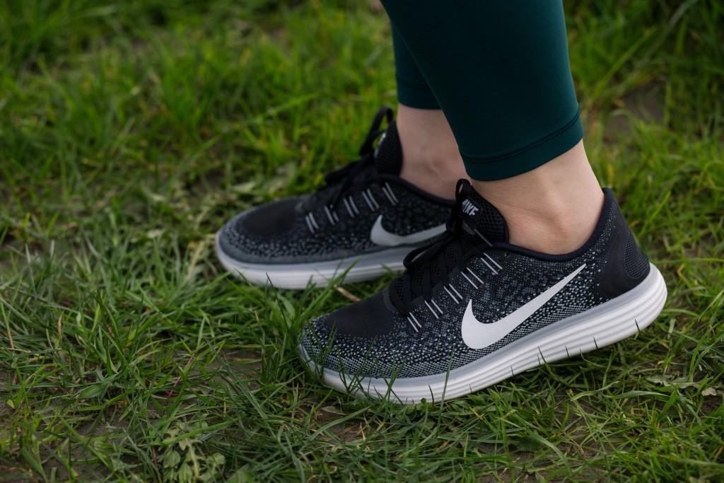 7 - Nike Women's Free Distance Running Shoes