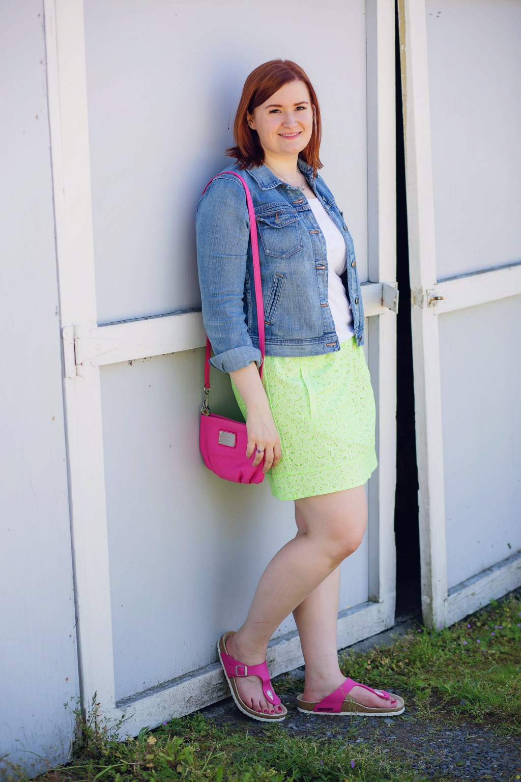 14 - neon outfit with denim jacket