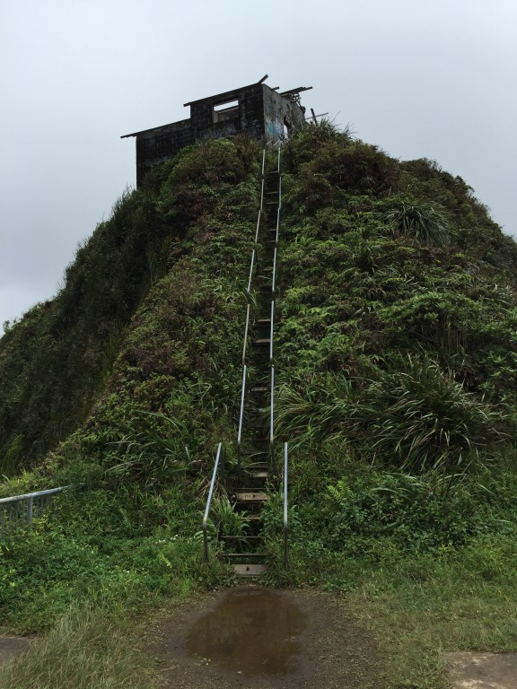 28 - Hiking the Haiku Stairs