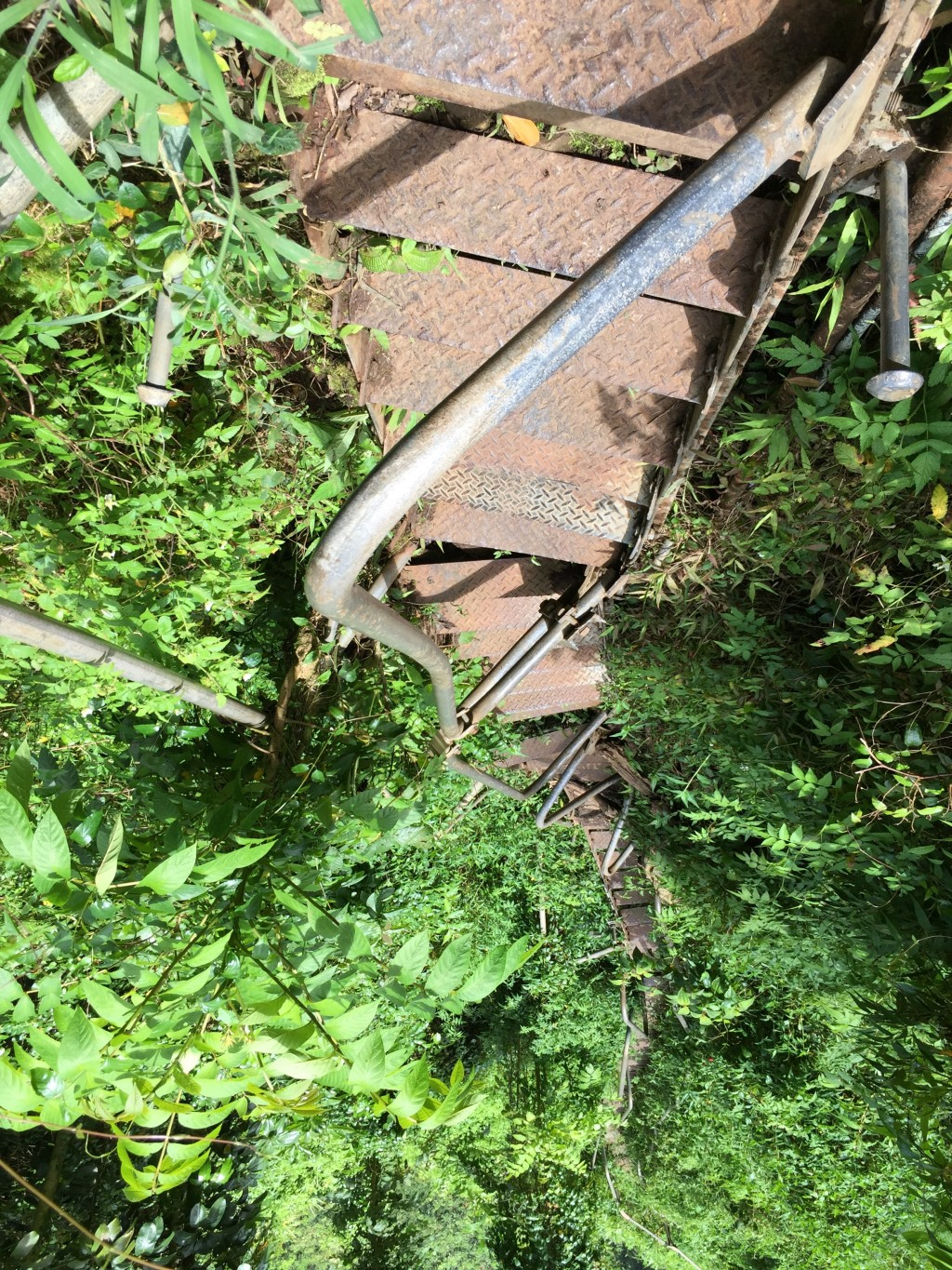 31- Haiku Stairs washout (looking down)