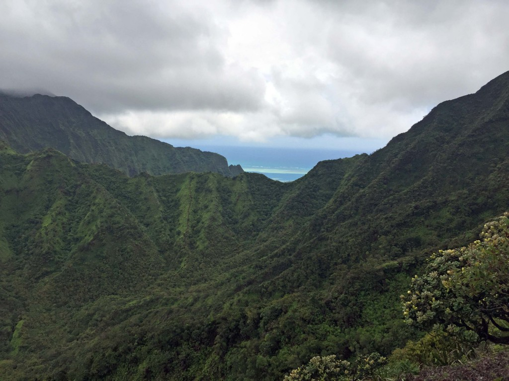 9 - Hawaii Ridge hikes on Oahu