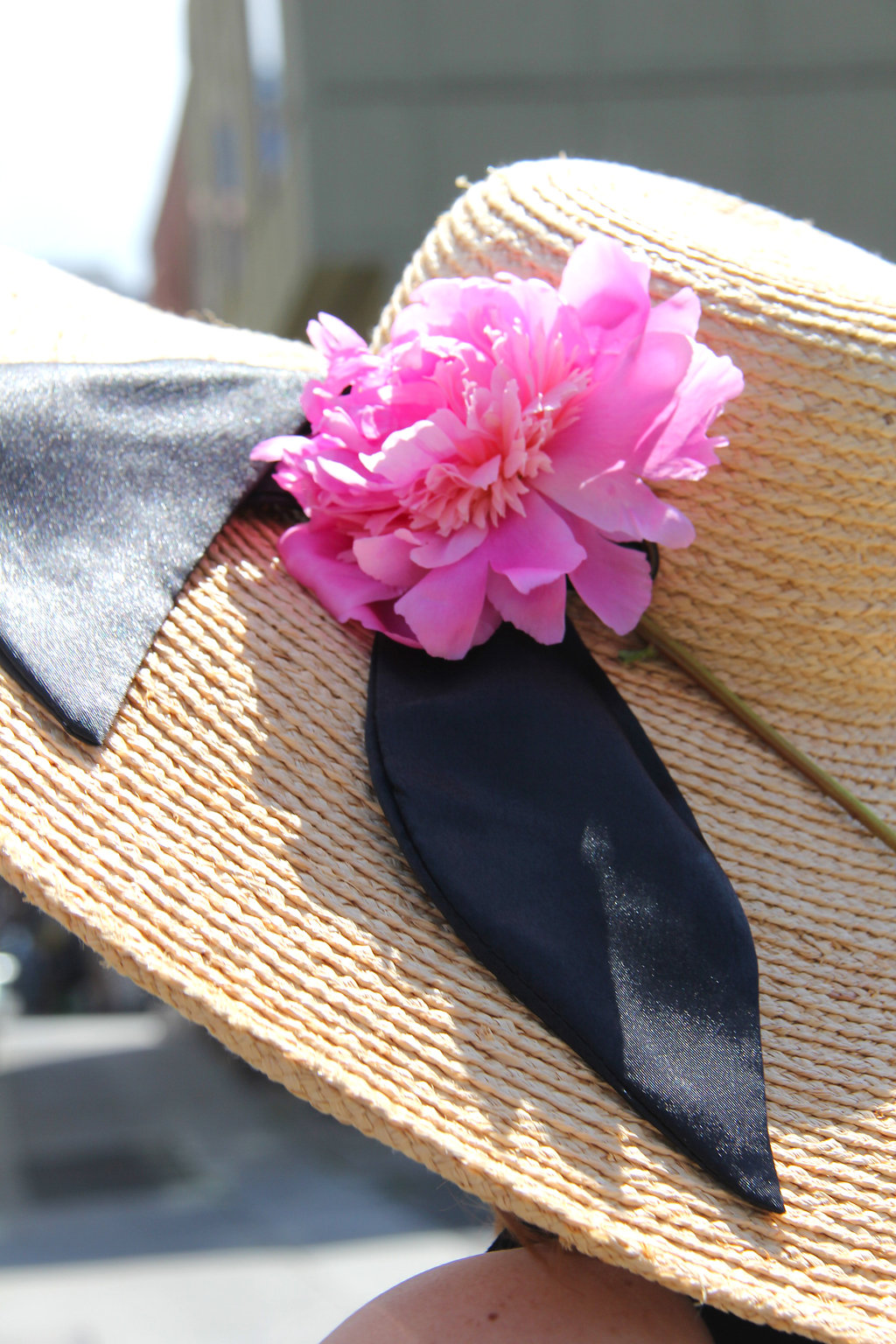 9 - wide sun hat with peony flower