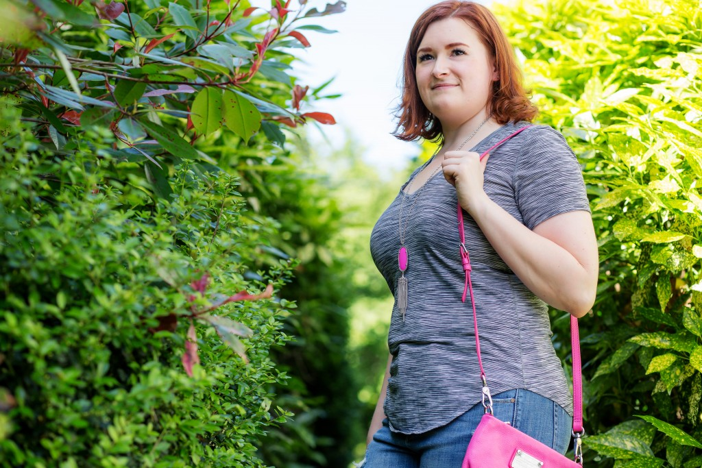 10 - Kate Retherford of All Things Kate in casual summer style with pink accents