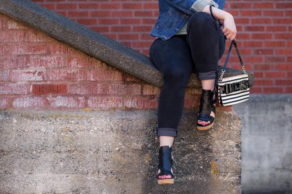 11 - Kate Spade striped bow bag