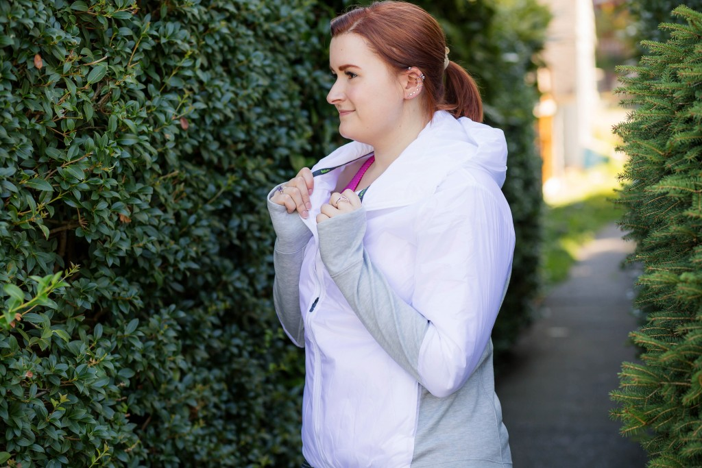 9 - Thermal Running Jacket in white and gray