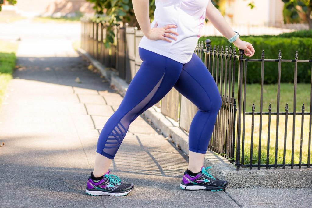 9-lululemon-navy-blue-mesh-inset-tights