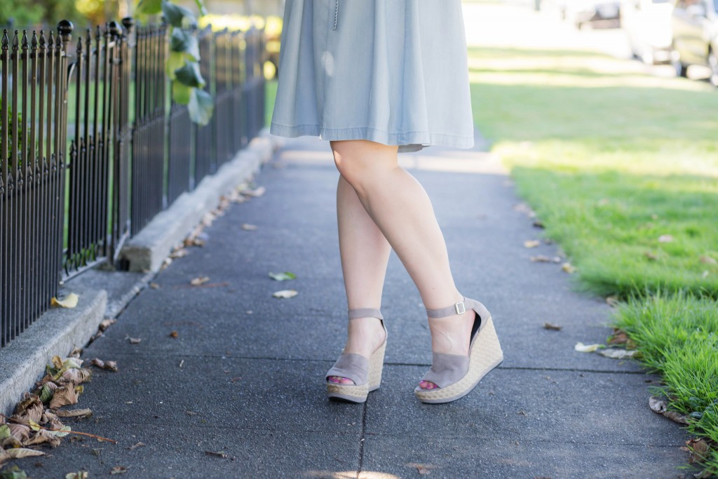 9 - gray chunky summer wedges