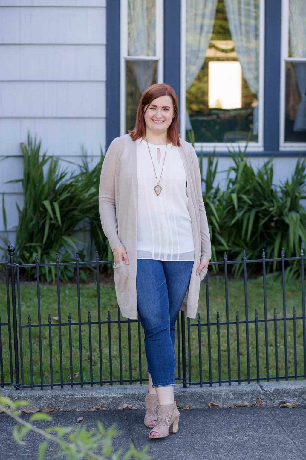 11-neutral-fall-style-with-duster-sweater