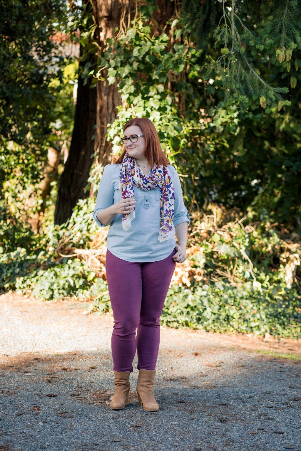 17-how-to-wear-maroon-skinny-jeans