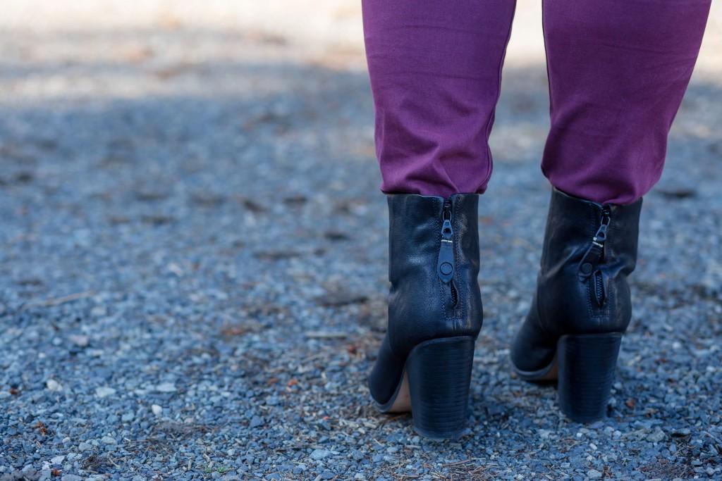 24-zipper-booties
