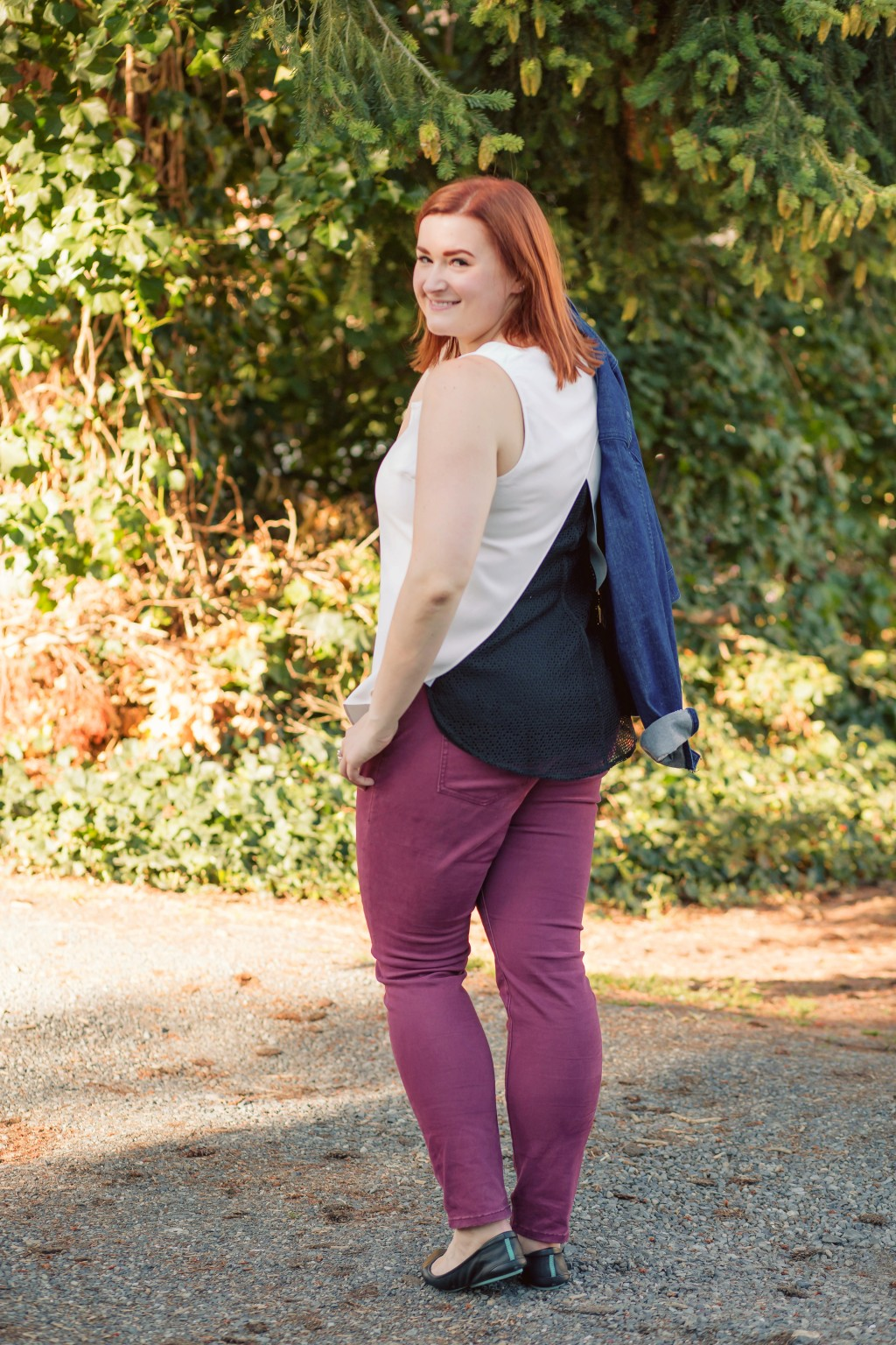 9-styling-a-casual-fall-look-with-tieks-flats-and-kate-spade-denim-jacket