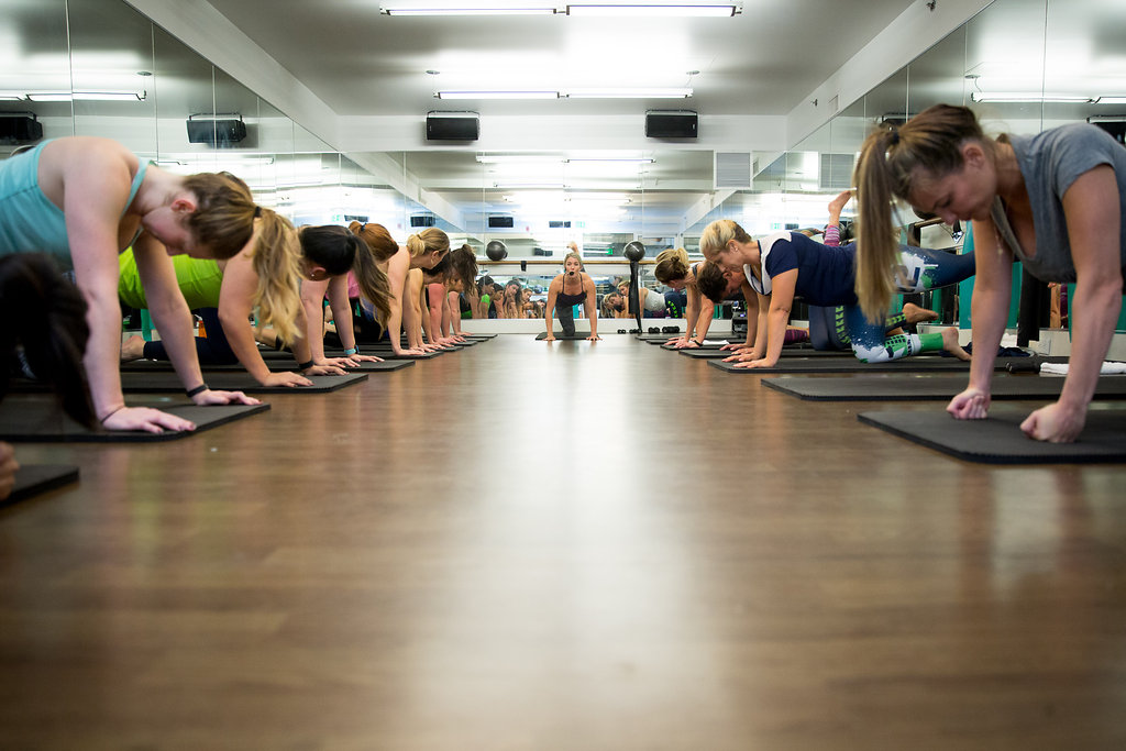 12-planking-at-flybarre