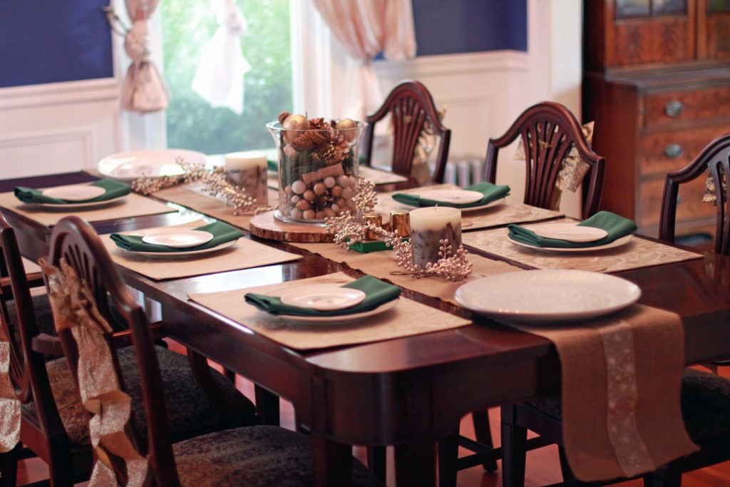19-thanksgiving-table-inspiration-historic-home
